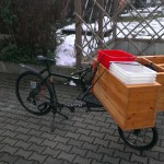 shelf on the cargobike