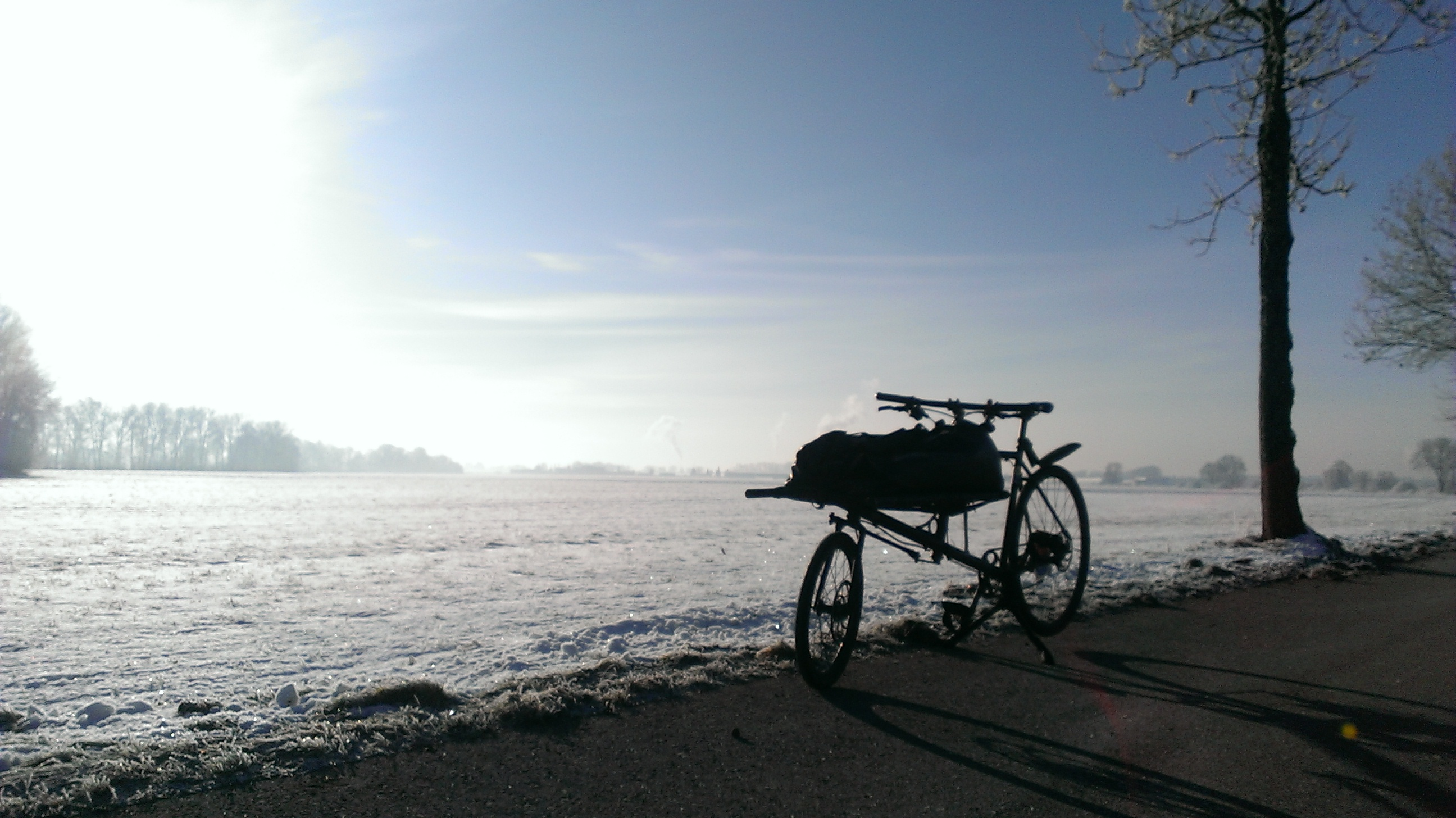 bakfiets-family - omnium-cargobike in winterlandscape