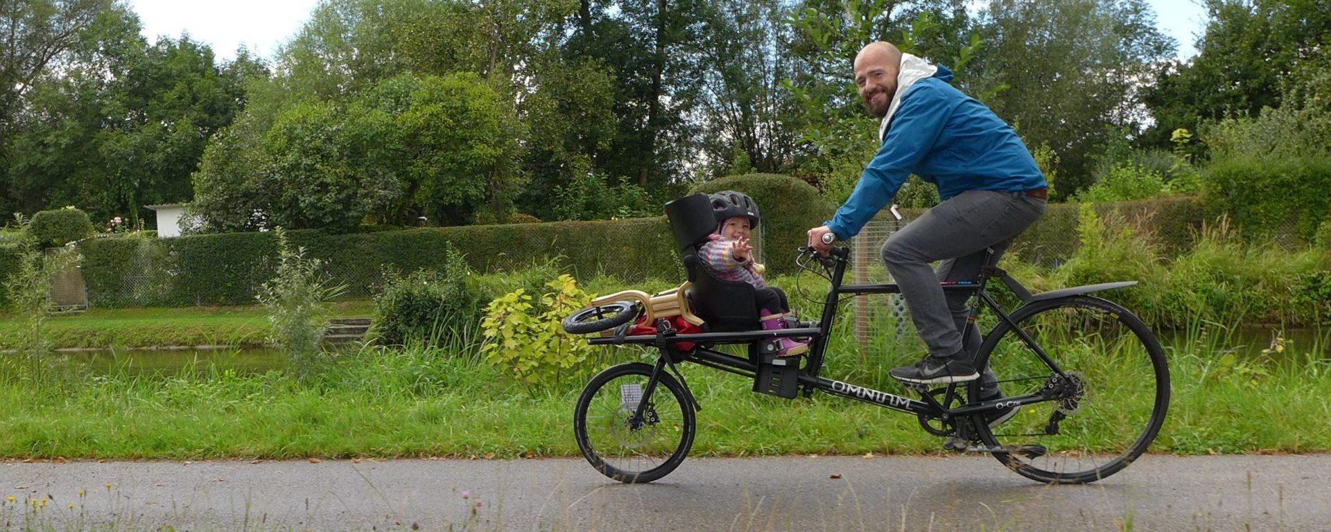 the omnium cargo bike is now a kids-carrier
